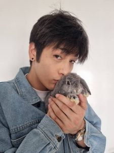 タイの人気俳優Luke Ishikawa Plowdenの意外な交友関係とは?話題の出演作品も紹介します!